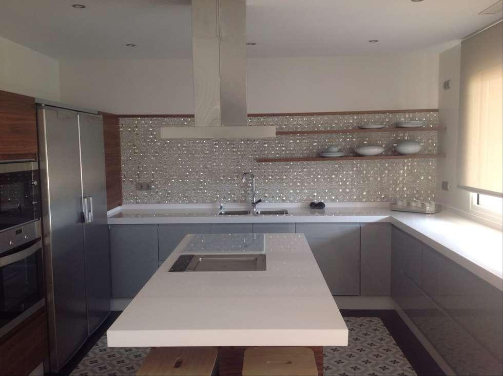 Fotos de decoraci n y dise o de interiores homify - Papel vinilico para cocinas ...