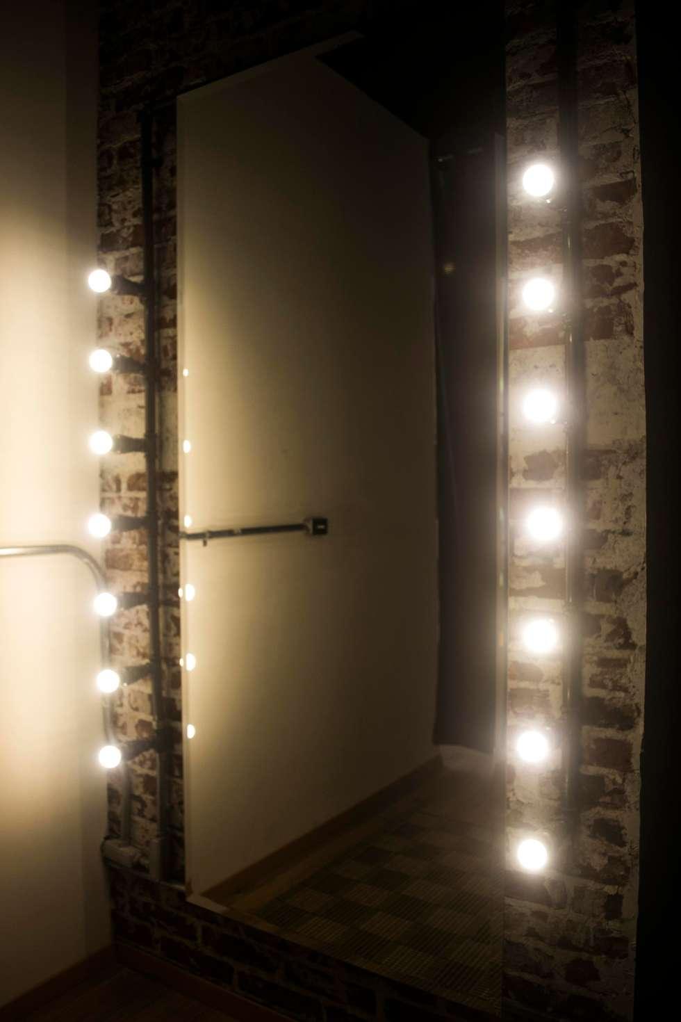 KROPPEN: Oficinas y tiendas de estilo  por Taller La Semilla
