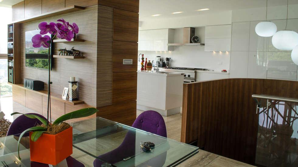 PH Altozano: Cocinas de estilo moderno por VODO Arquitectos