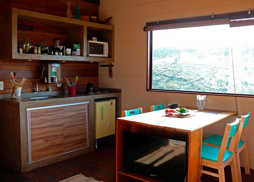 Cozinha e jantar: Cozinhas rústicas por Cabana Arquitetos