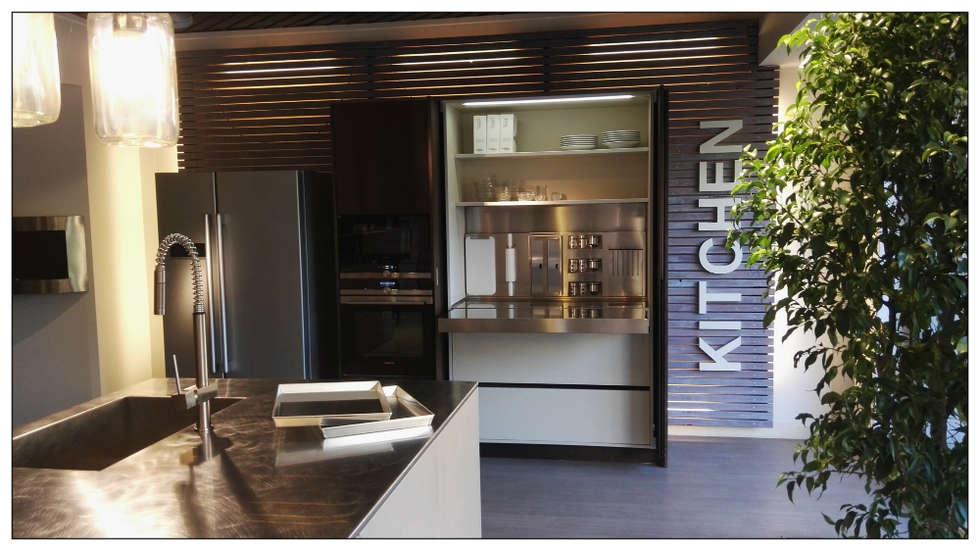 Cucina in Ecomalta - Formarredo Due & Key Cucine: Cucina in stile in stile Industriale di Formarredo Due design 1967