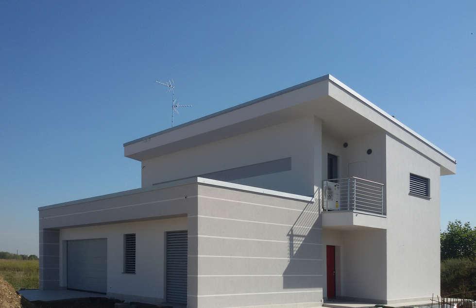 Idee arredamento casa interior design homify for Piani casa moderna collina
