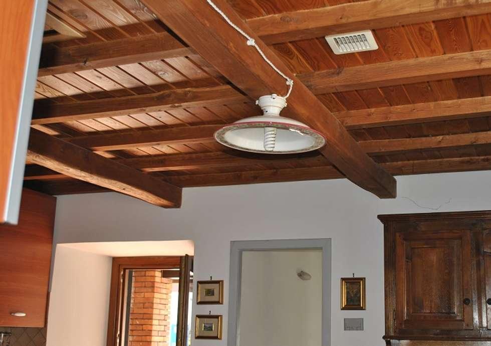 Soffitti Con Travi In Legno : Soffitto con travi in legno picture of il giardino segreto