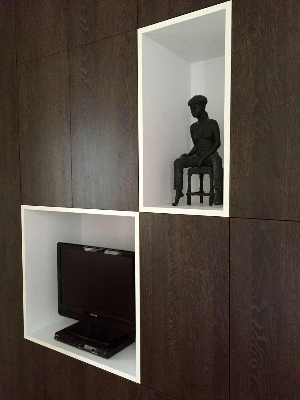 Niches blanches: Chambre de style de style Minimaliste par Thomas JENNY
