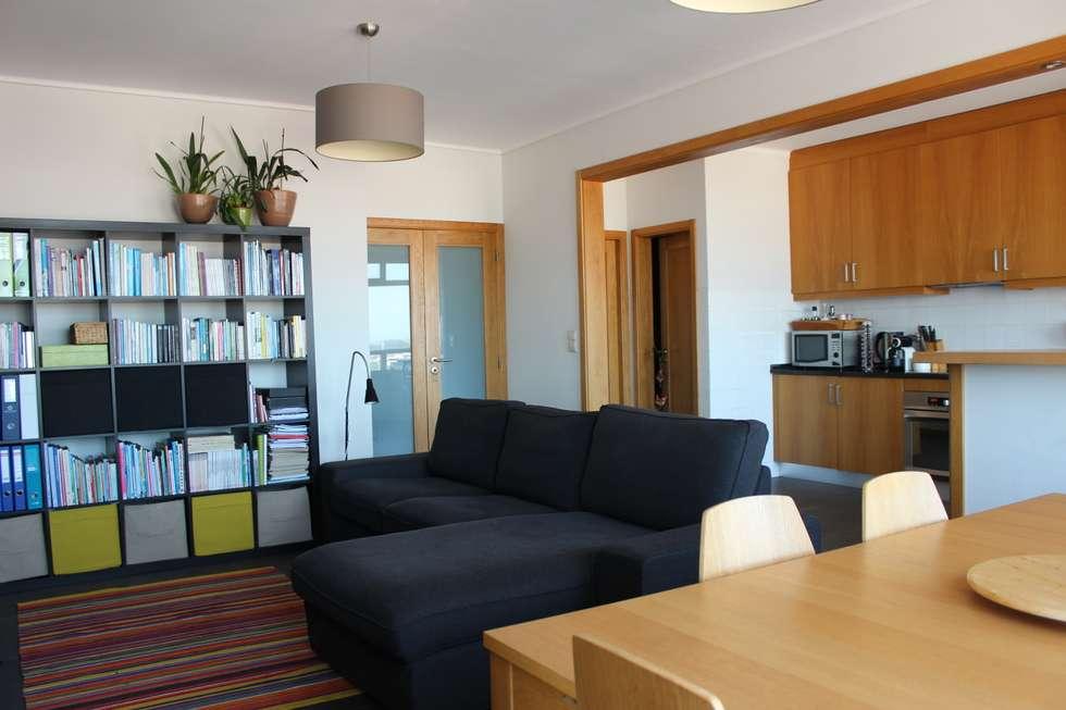 Sala de estar e jantar: Salas de estar modernas por Casa do Páteo