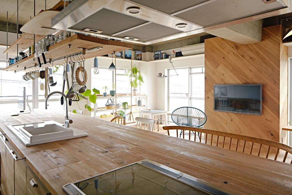.8 HOUSE: .8 / TENHACHIが手掛けたキッチンです。