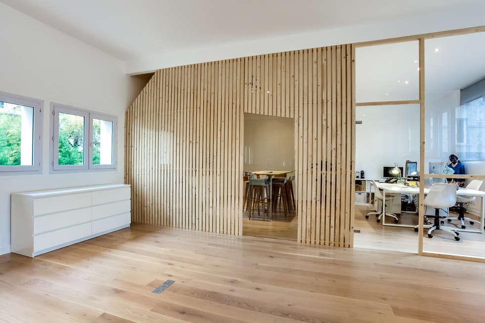 salle de réunion, PROJET VINCENNES, Agence Transition Interior Design: Bureaux de style  par Transition Interior Design