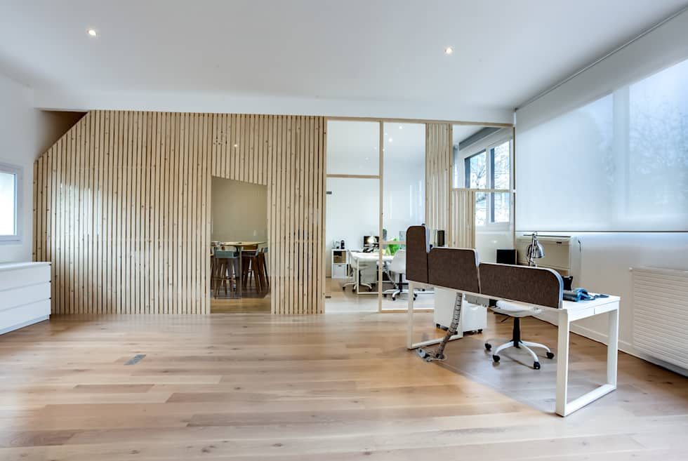 Open space, PROJET VINCENNES, Agence Transition Interior Design: Bureaux de style  par Transition Interior Design