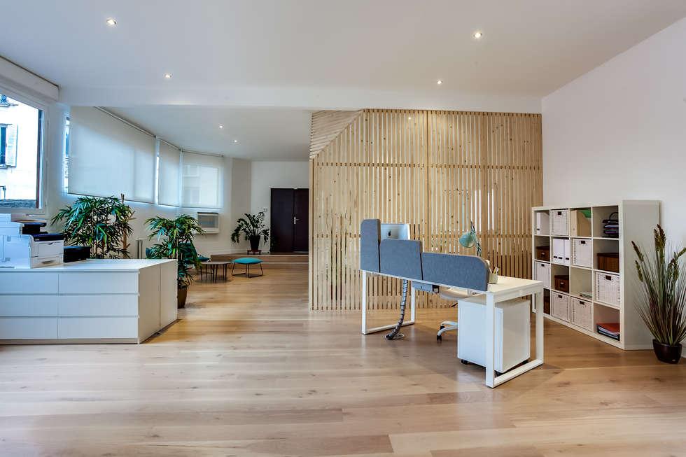 Open space, PROJET VINCENNES, Agence Transition Interior Design: Bureaux de style  par Transition Interior Design