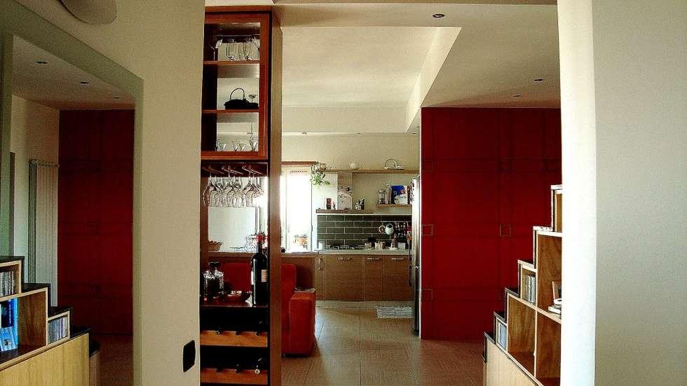 Vista del living: Soggiorno in stile in stile Moderno di Giuliana Andretta Architetto