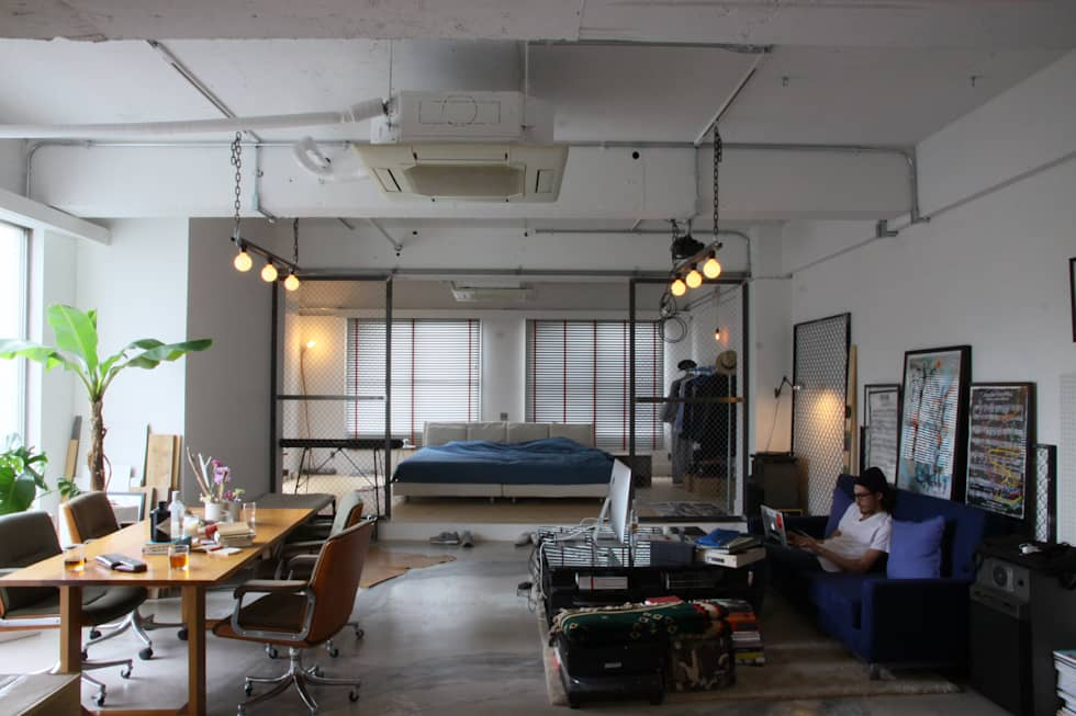 industrial Living room by HOUSETRAD CO.,LTD