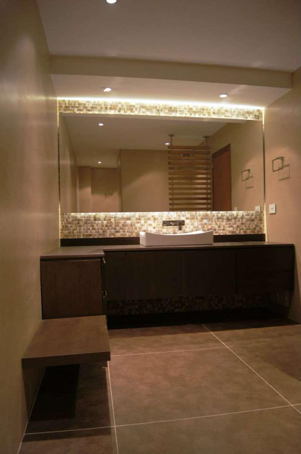 Baño de Huéspedes. : Baños de estilo clásico por MARECO DESIGN S.A.S