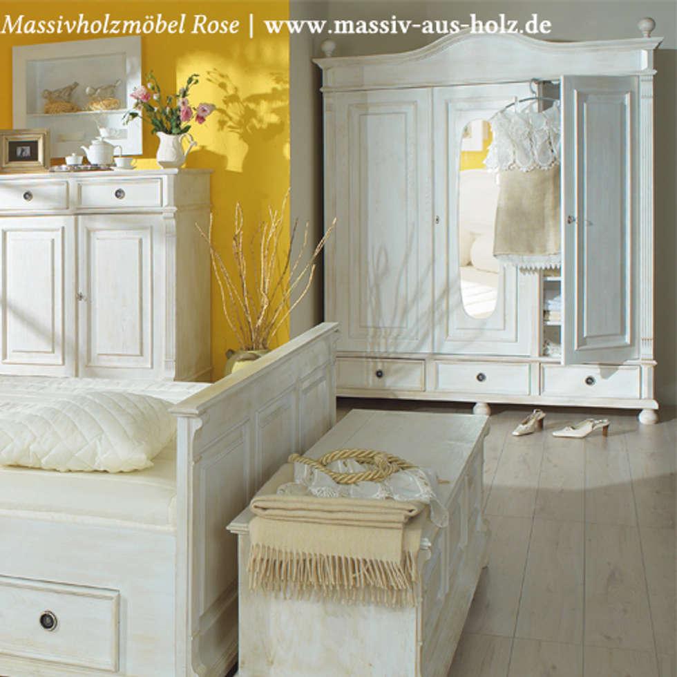 Gewaltig Massiv Aus Holz Foto Von Schrank In Antik Weiß: Stil Schlafzimmer Von