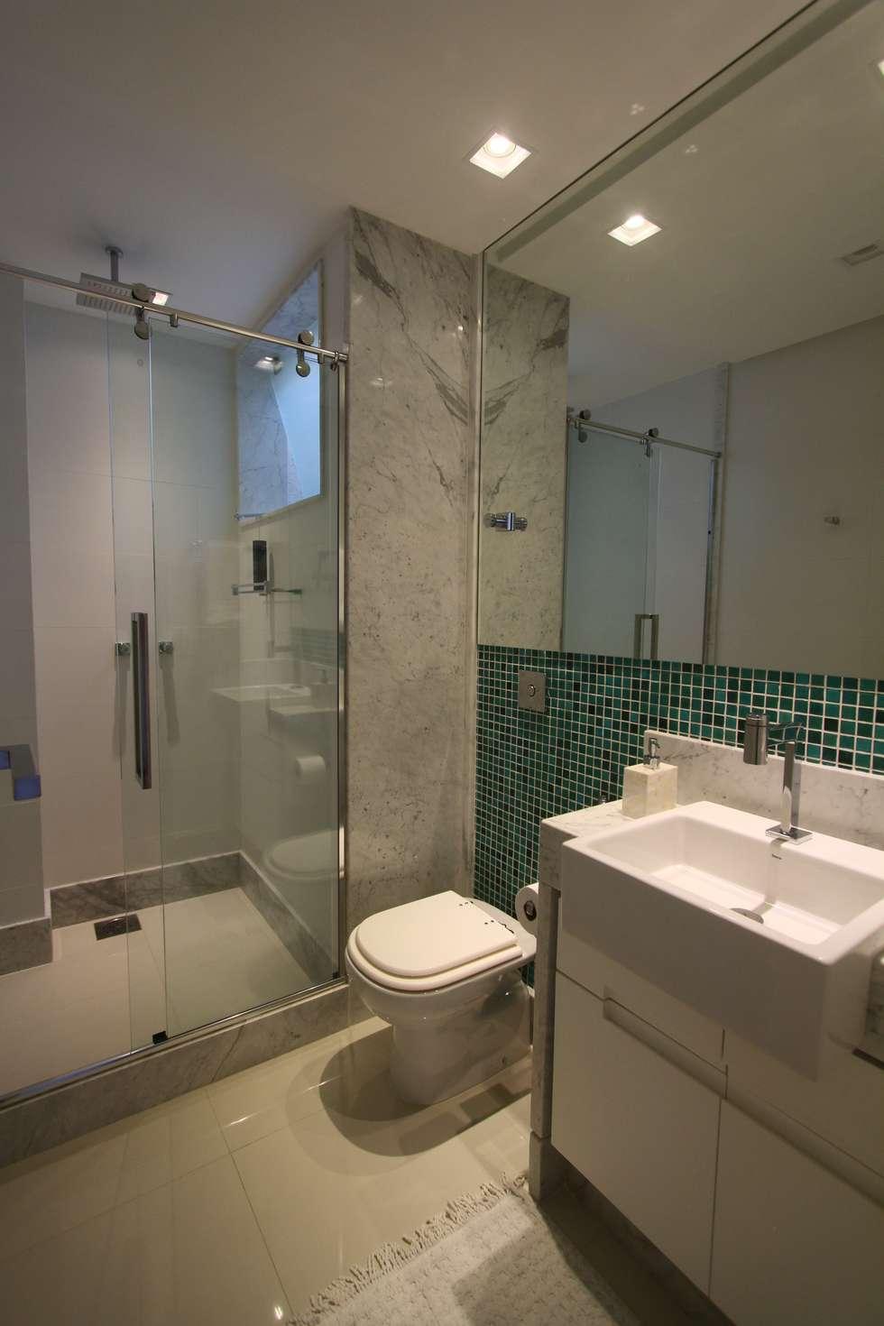 Fotos de banheiros modernos uma cobertura estilo moderno e minimalista  homify -> Banheiro Estilo Moderno