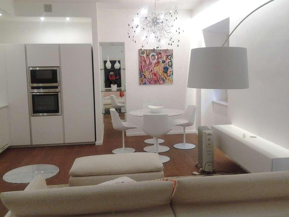 Stile moderno un mini appartamento in palazzo storico a torino