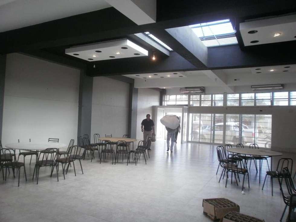 Salón de Fiestas : Salas de eventos de estilo  por Arq. Jose F. Correa Correa