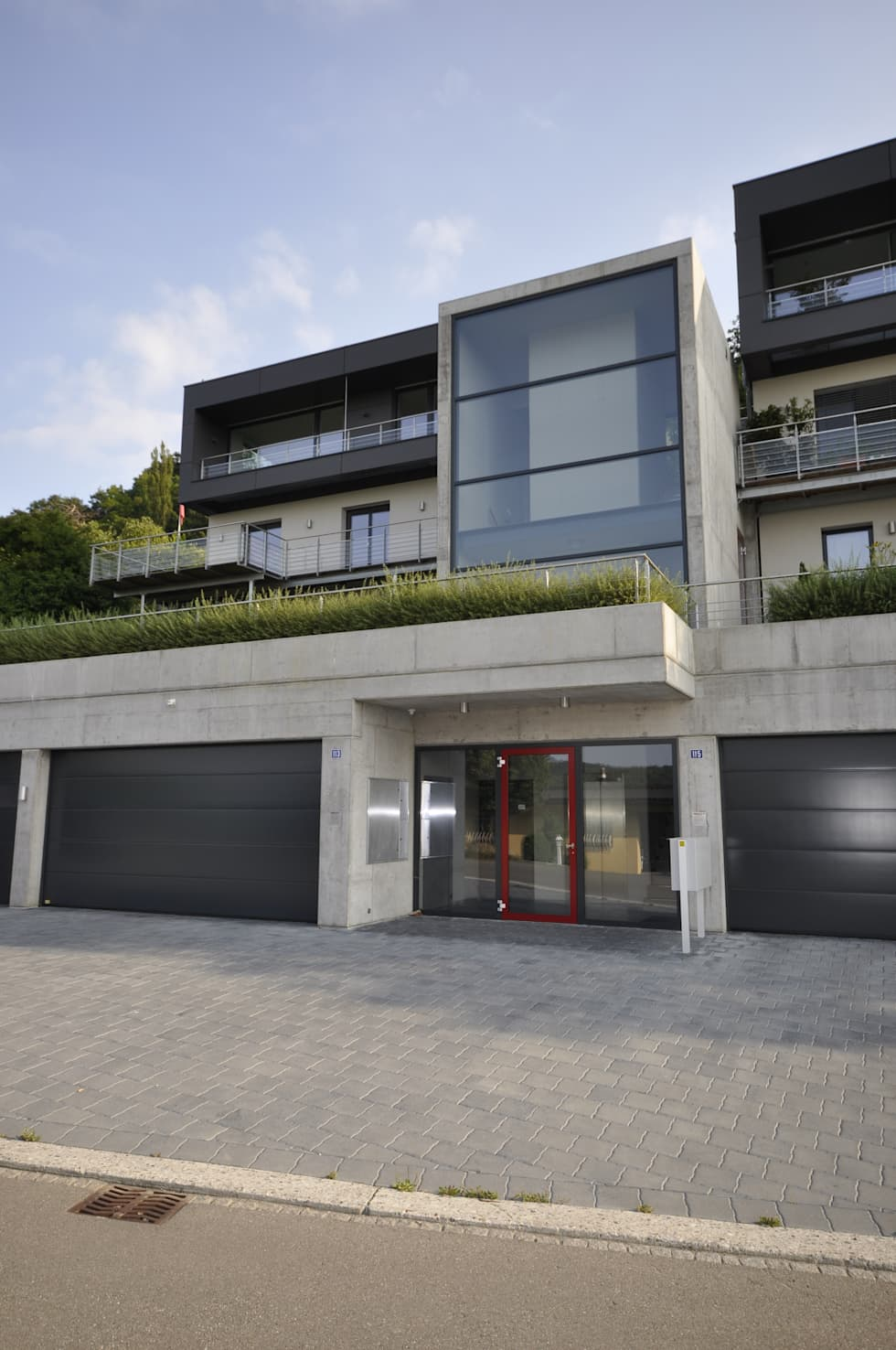 Faszinierend Moderne Einfamilienhäuser Sammlung Von Einfamilienhäuser Mit Einliegerwohnung Und Tiefgarage: Häuser Von