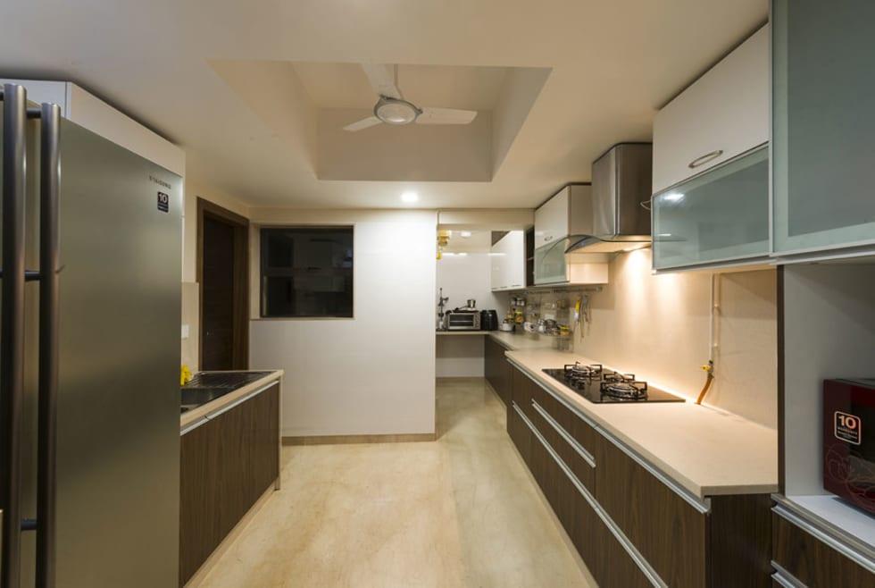 Agarwal Residence: modern Kitchen by Spaces and Design