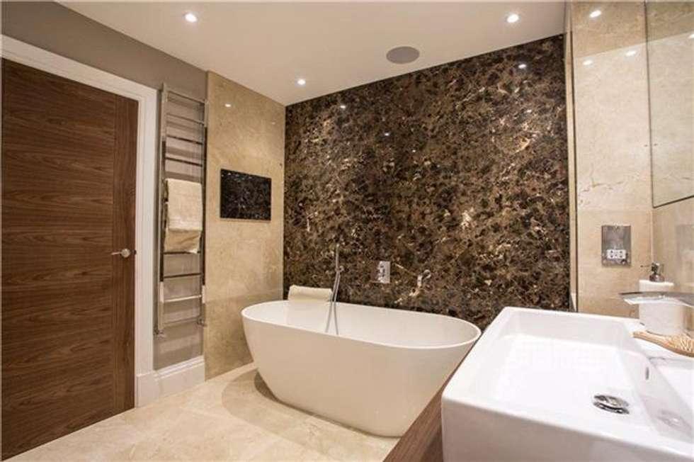 Bathroom design: modern Bathroom by Quirke McNamara