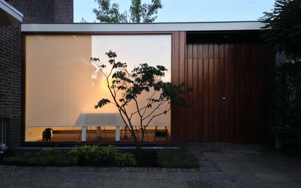 Woonhuis DPKU Eindhoven : moderne Tuin door 2architecten