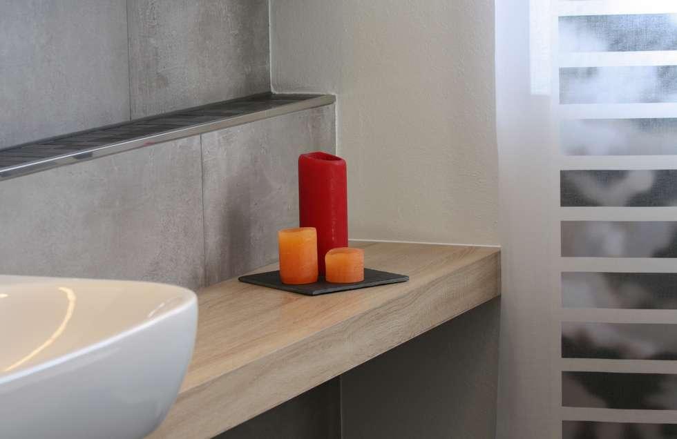 Auf maß gearbeitetes badmöbel: moderne badezimmer von ludwig steup ...