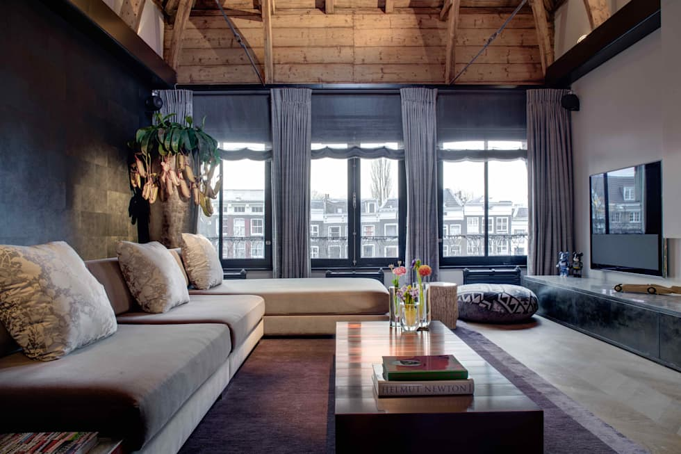 Canal Loft Amsterdam: moderne Woonkamer door Ethnic Chic Home Couture