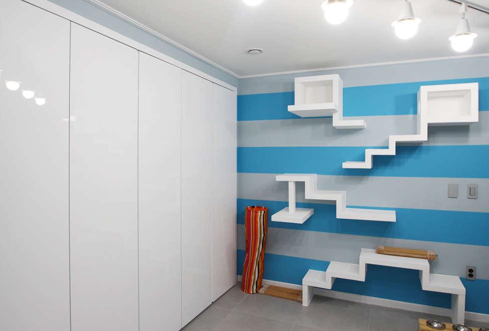 garage hangar de style de style moderne par homify. Black Bedroom Furniture Sets. Home Design Ideas