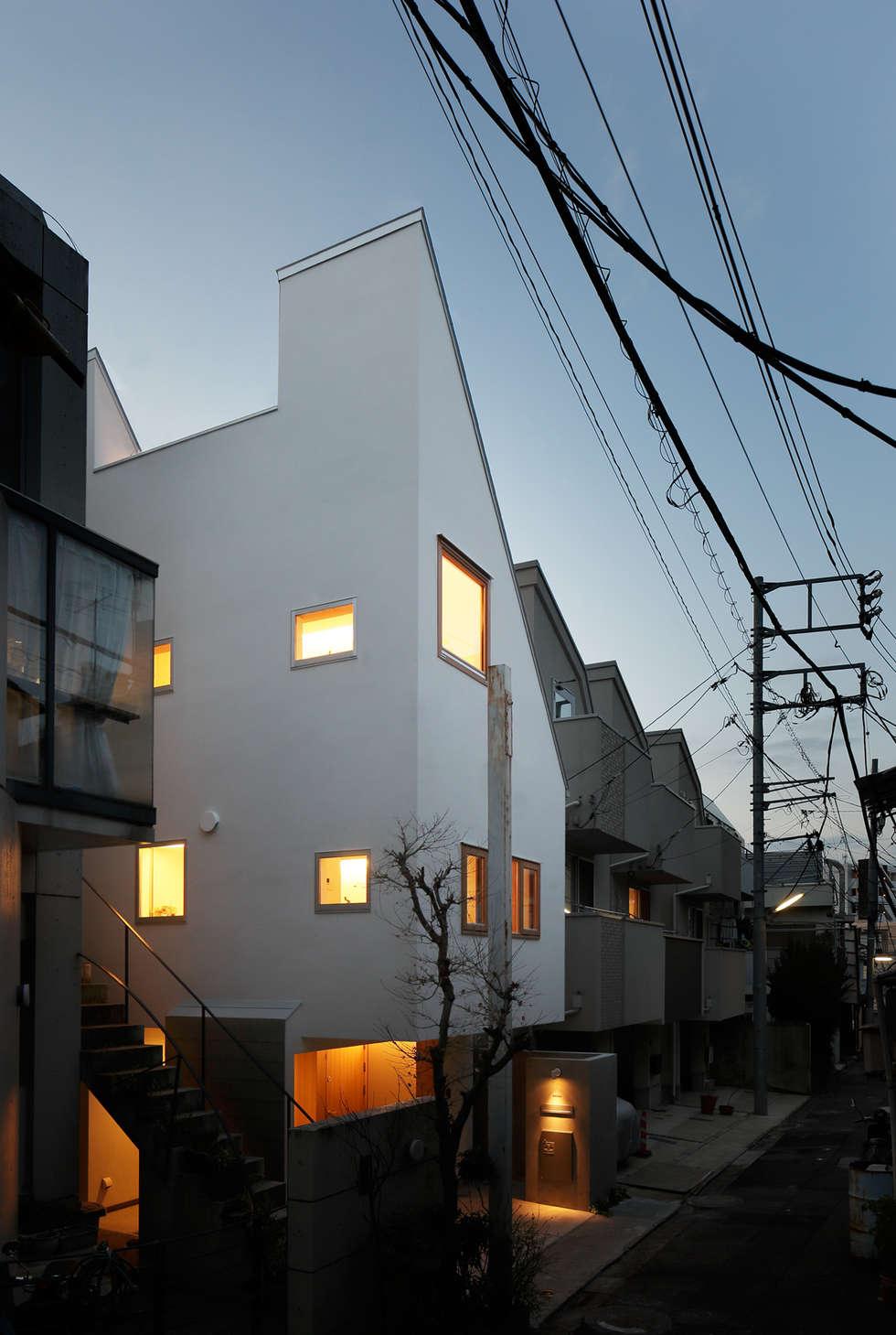Projekty, azjatyckie Domy zaprojektowane przez アトリエ スピノザ