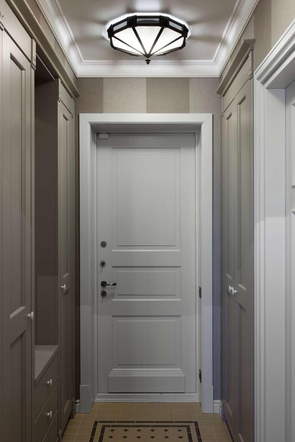 The apartment  in Moscow 02: Couloir et hall d'entrée de style  par Petr Kozeykin Designs LLC, 'PS Pierreswatch'