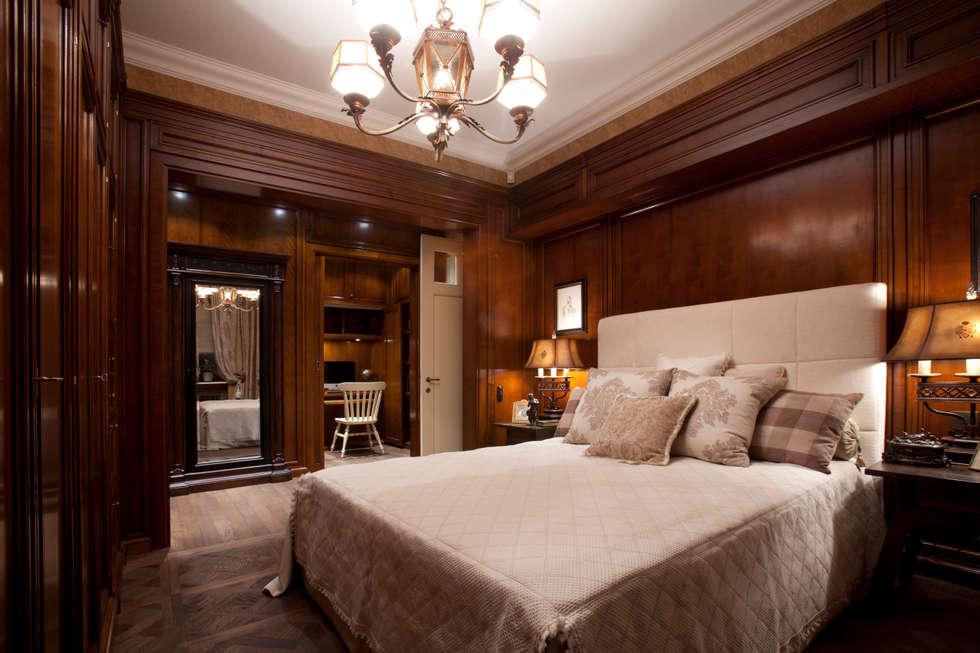 The apartment in Moscow 01: Chambre de style de style Classique par Petr Kozeykin Designs LLC, 'PS Pierreswatch'