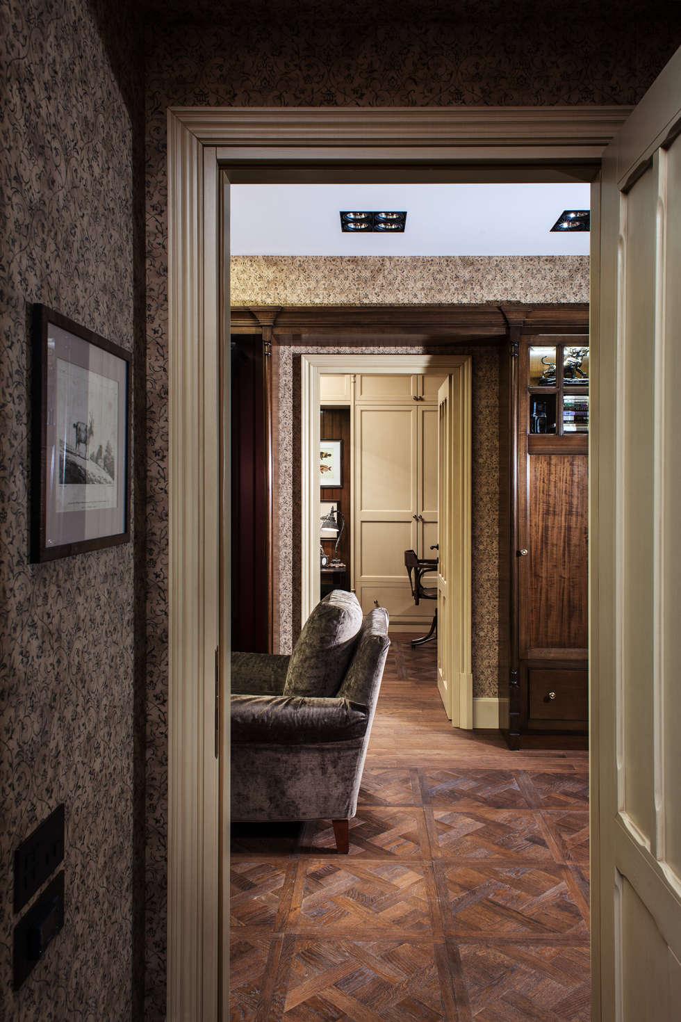 The apartment in Moscow 03: Salon de style de style Classique par Petr Kozeykin Designs LLC, 'PS Pierreswatch'