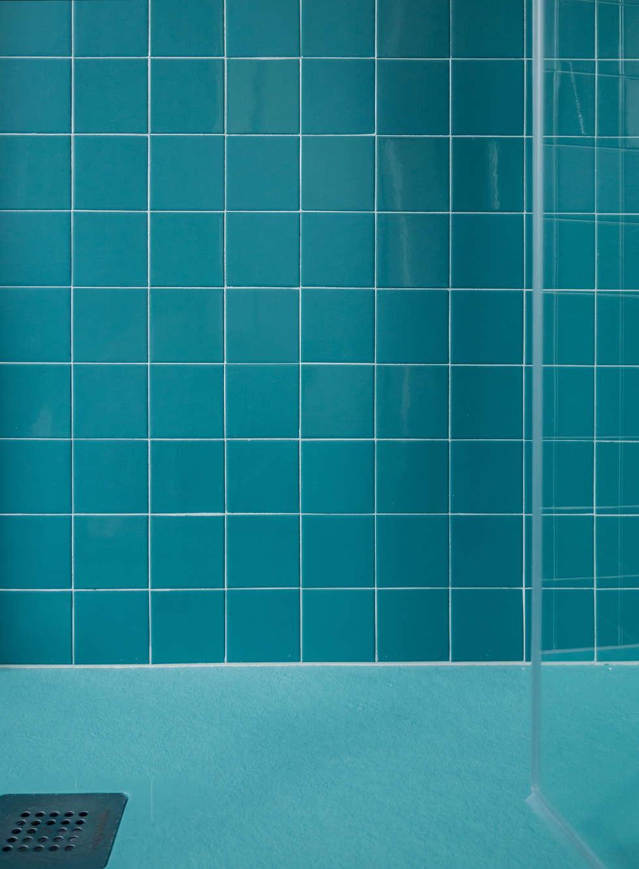 Creto House: Bagno in stile in stile Moderno di UNO8A
