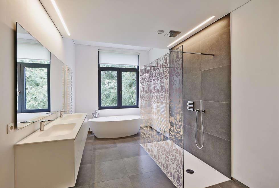 Box doccia stampato: Bagno in stile in stile Moderno di lizea sas