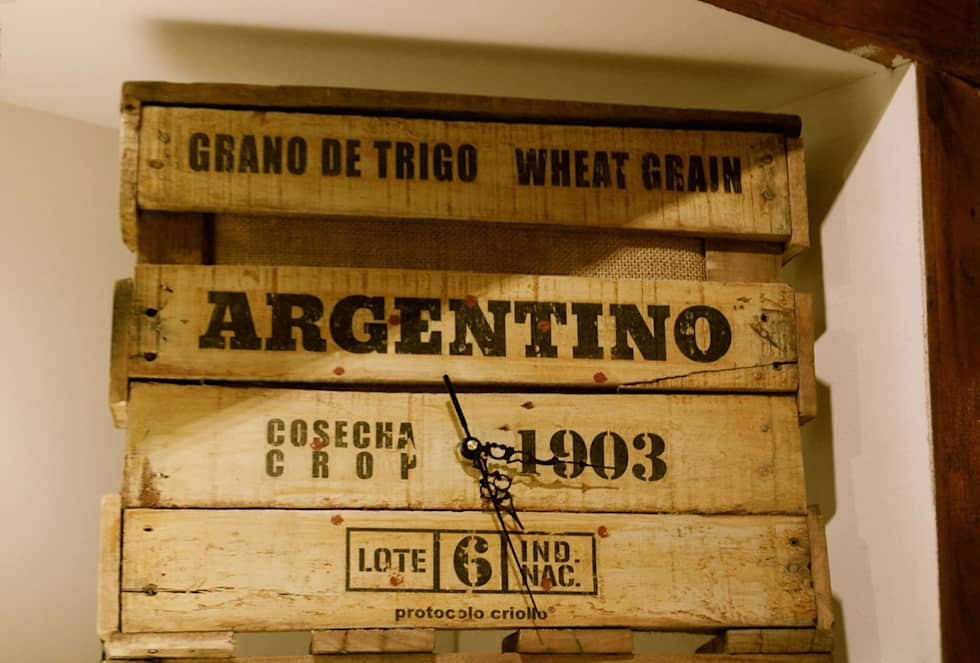 """Relojes Línea """"Argentina, Granero del mundo"""": Cocinas de estilo rústico por protocolo criollo®"""