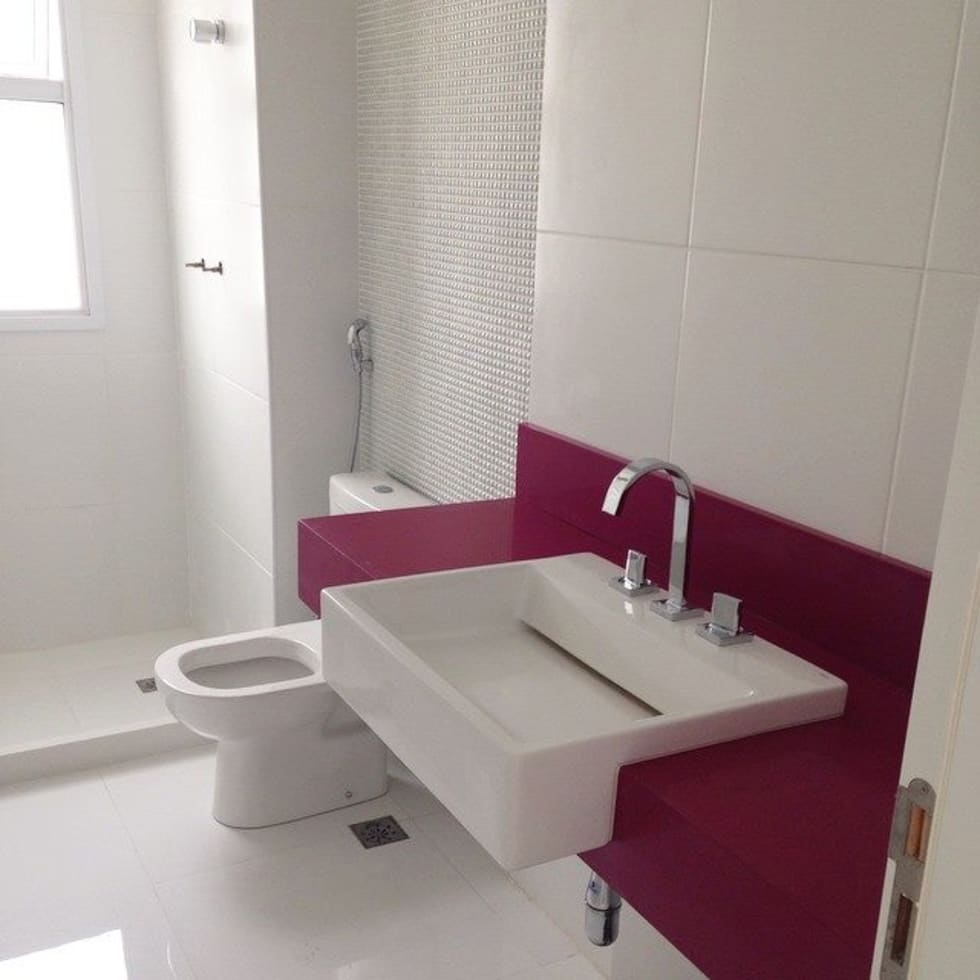 Banheiros : Banheiros modernos por Duplex Interiores