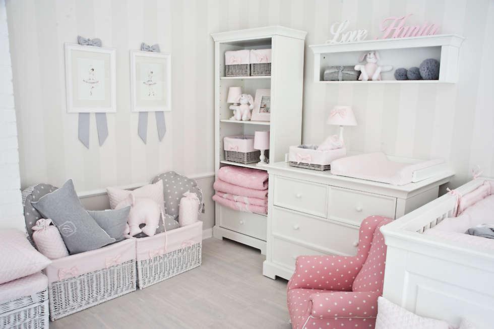 Nasz nowy salon na Warszawskim Powiślu: styl , w kategorii Powierzchnie handlowe zaprojektowany przez Caramella