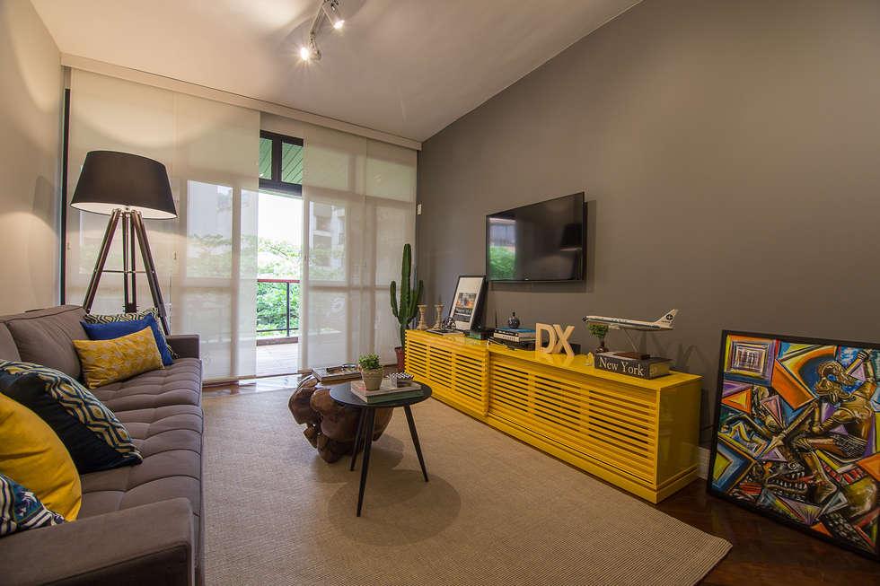 Apartamento Leblon: Salas de estar modernas por Duplex Interiores