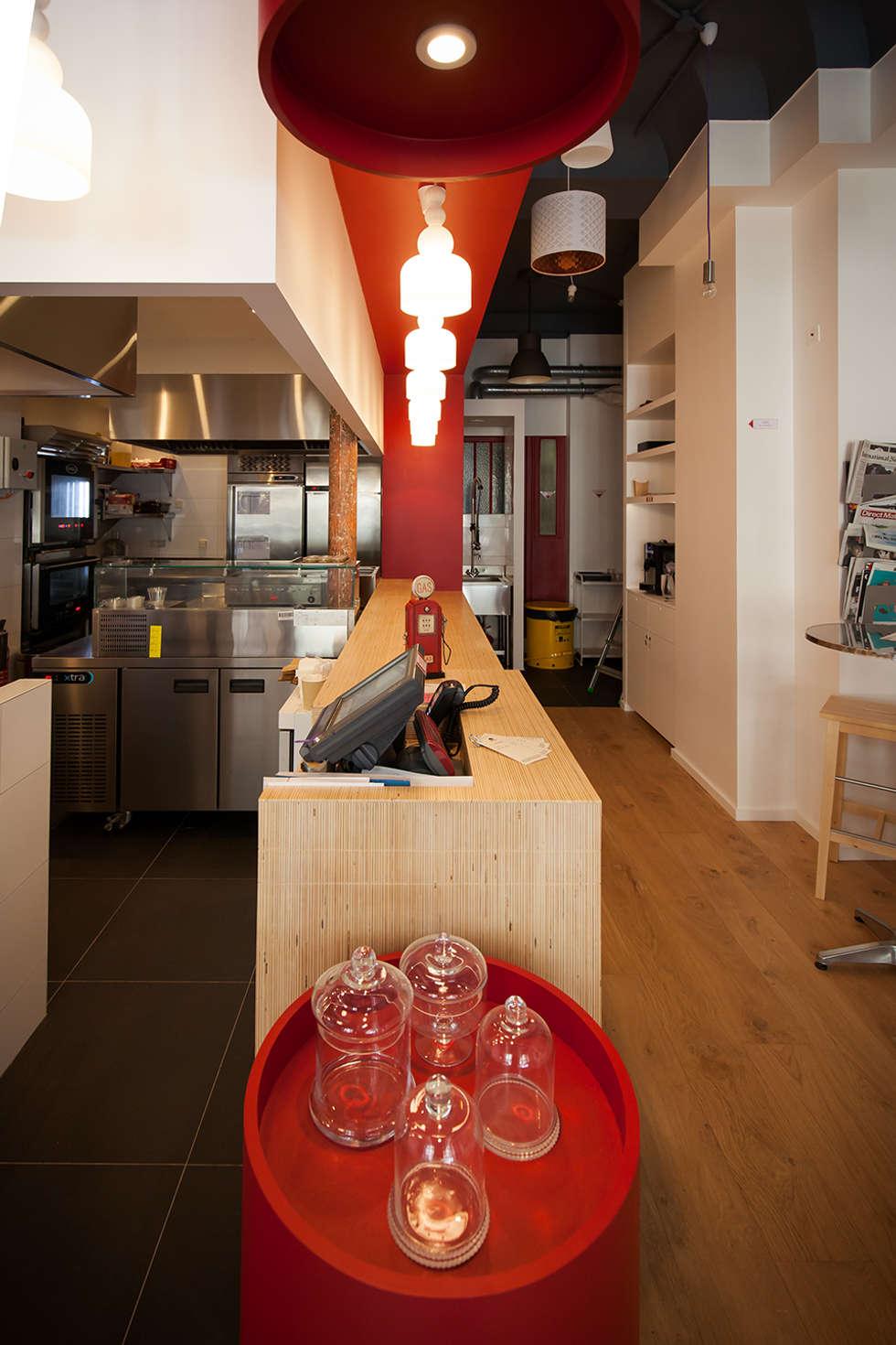 La caisse: Restaurants de style  par CAROLINE DUBAU