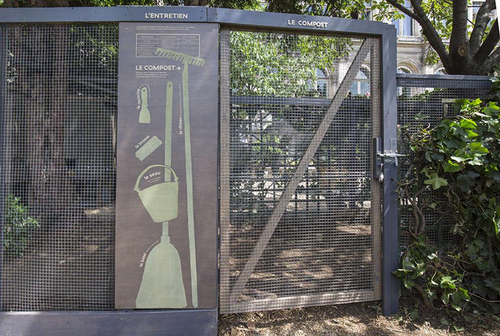 Compost: Centre d'expositions de style  par Fertiles