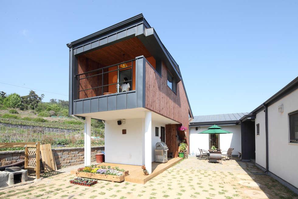 필로띠 2층별채: 주택설계전문 디자인그룹 홈스타일토토의  주택