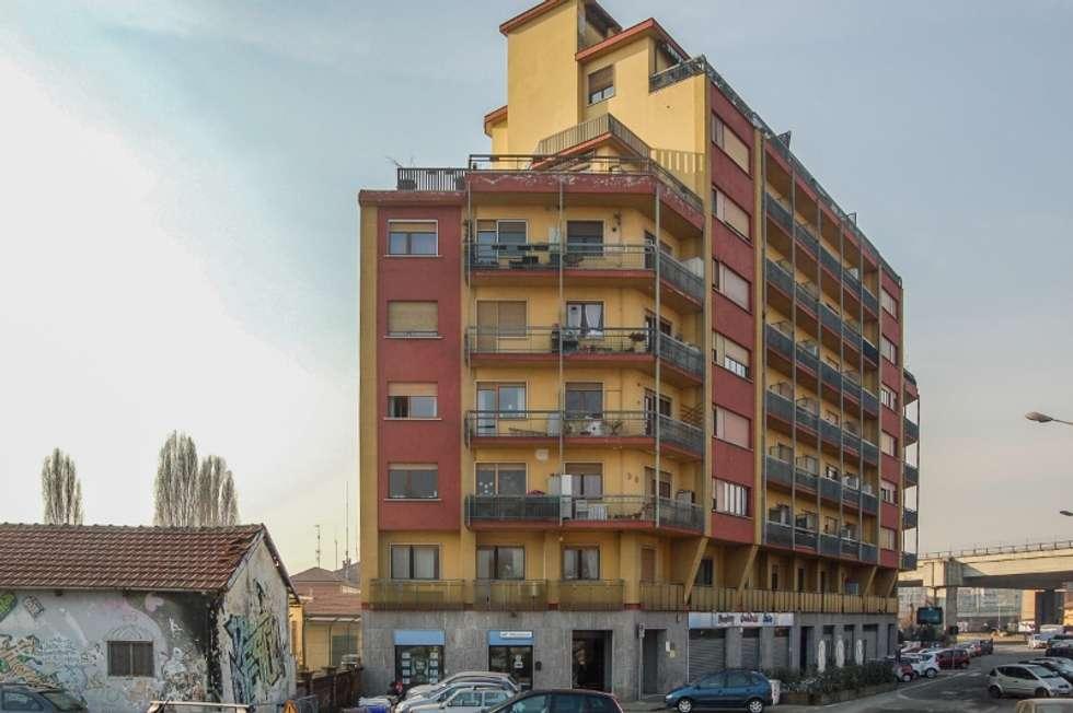 CONDOMINIO: Case in stile in stile Moderno di ATELEON