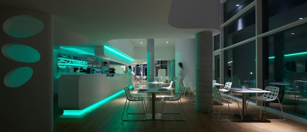 ​MARINA VERDE WELLNESS RESORT: Hotel in stile  di GLIP | The Lighting Partner
