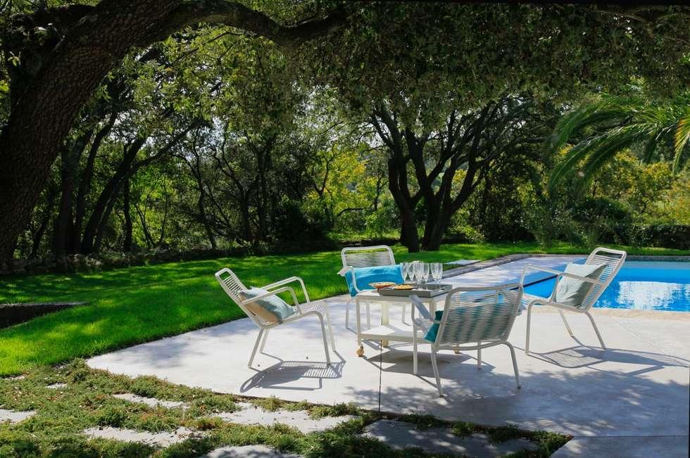 Jardin minimaliste: Jardin de style de style Minimaliste par CONCEPTUELLES PAYSAGE ET DECORATION