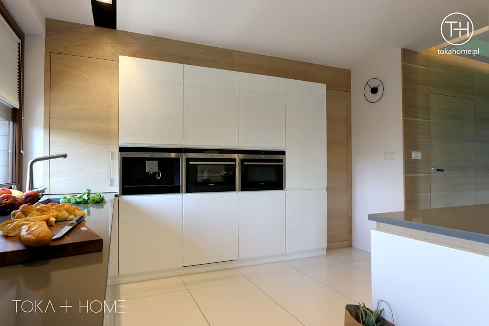 Modern kitchen photos in white by toka + home  homify