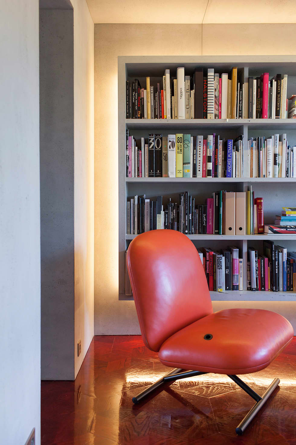 Interior design ideas architecture and renovating photos homify - Beton door lcda ...