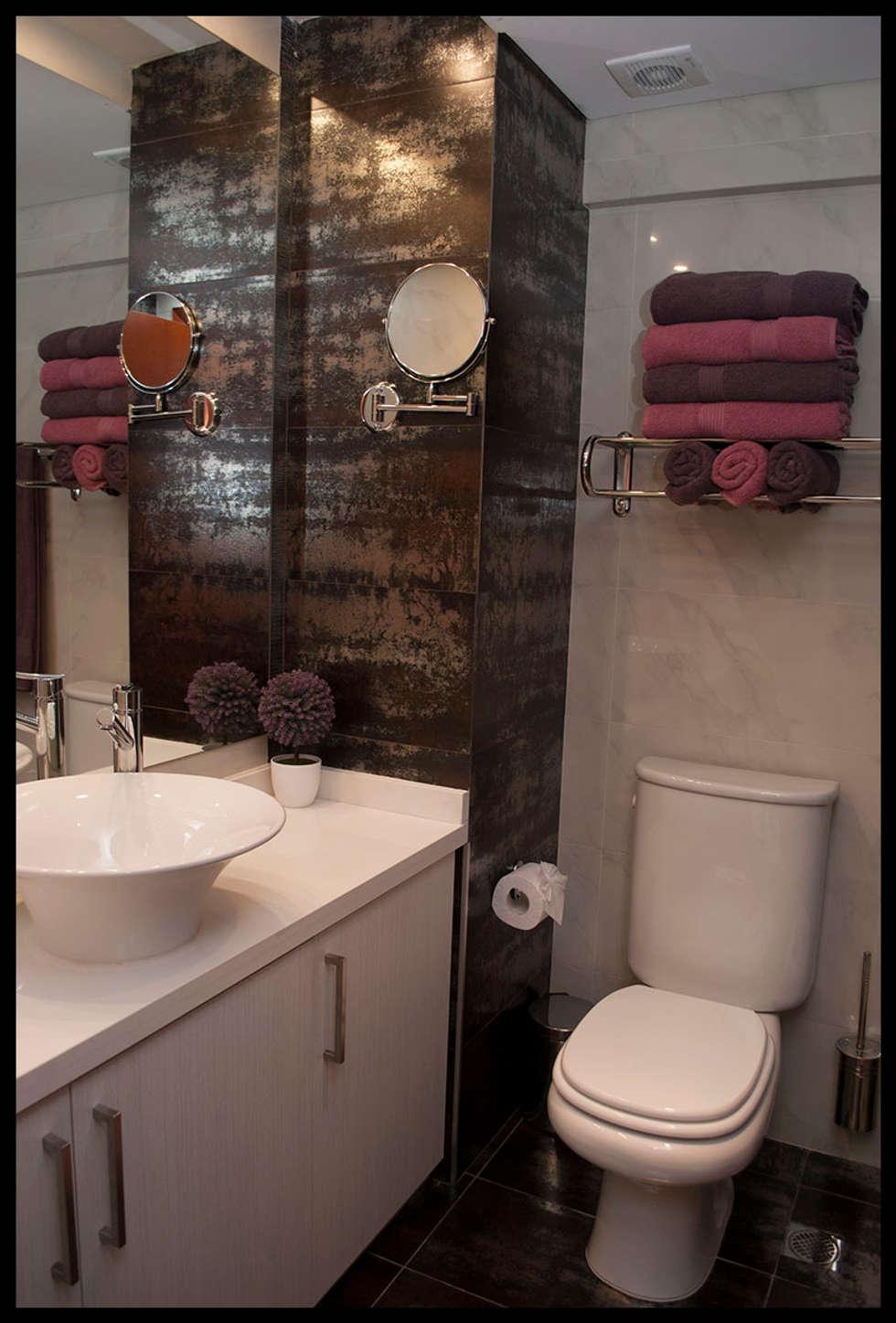Segundo baño: Baños de estilo moderno por Diseñadora Lucia Casanova