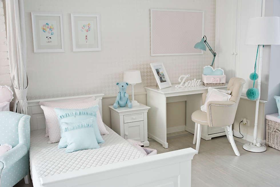 Tablica pudrowa pikowana: styl , w kategorii Pokój dziecięcy zaprojektowany przez Caramella