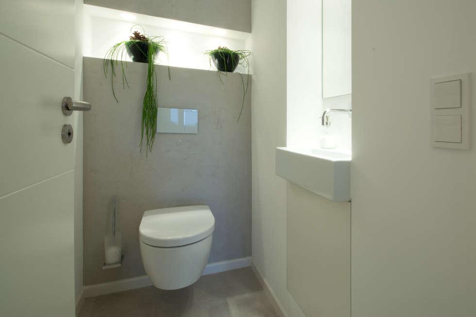 moderne badezimmer bilder g ste wc homify. Black Bedroom Furniture Sets. Home Design Ideas