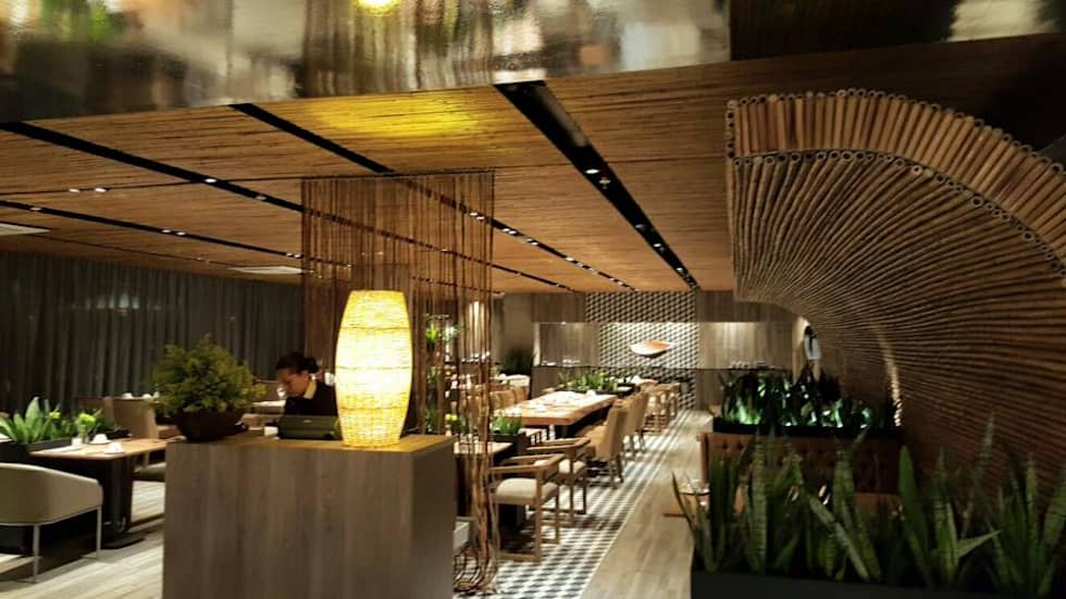 Restaurante: Hoteles de estilo  por CHIMI