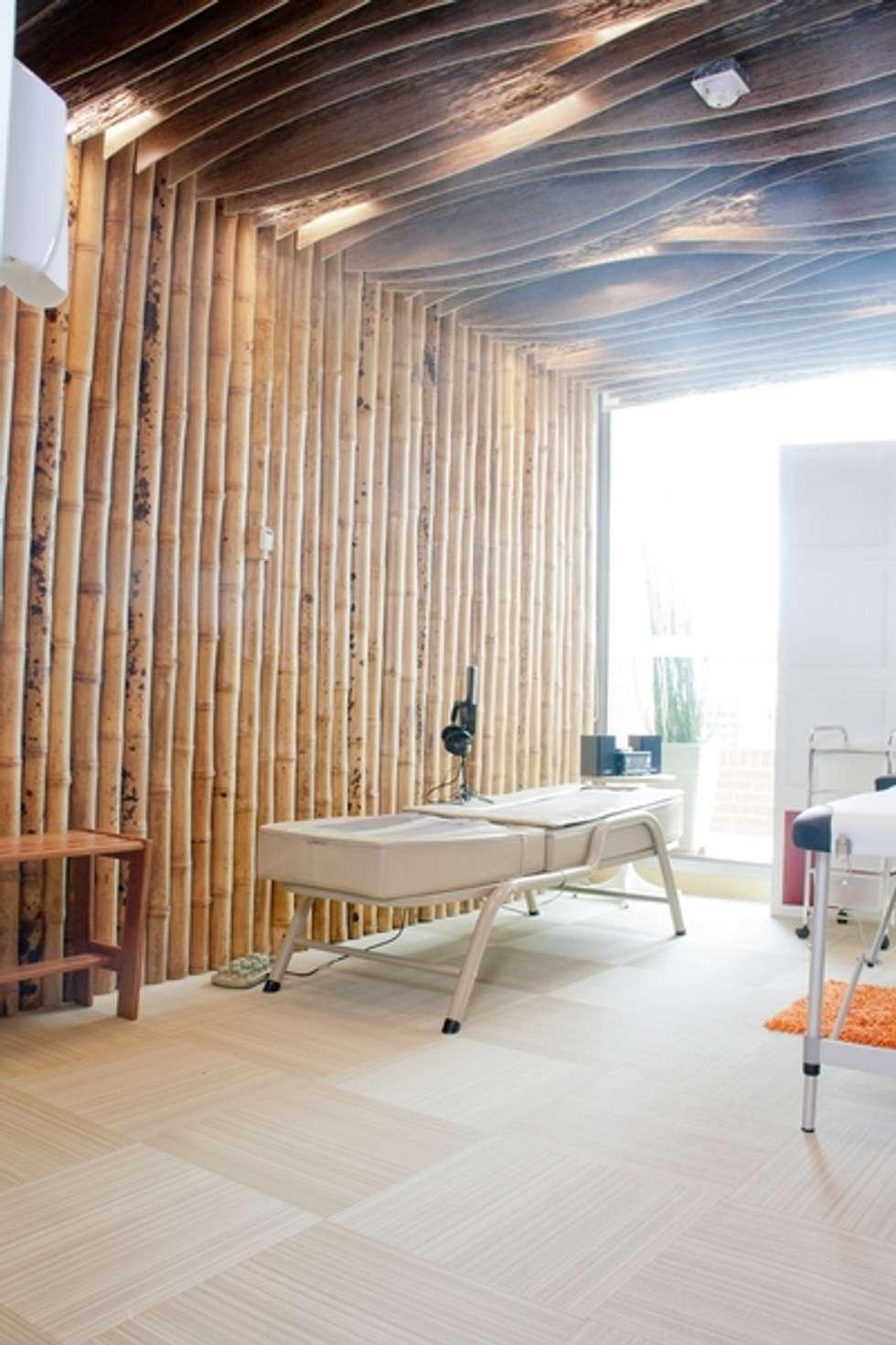Zona de Relajación: Salas de estilo ecléctico por CHIMI